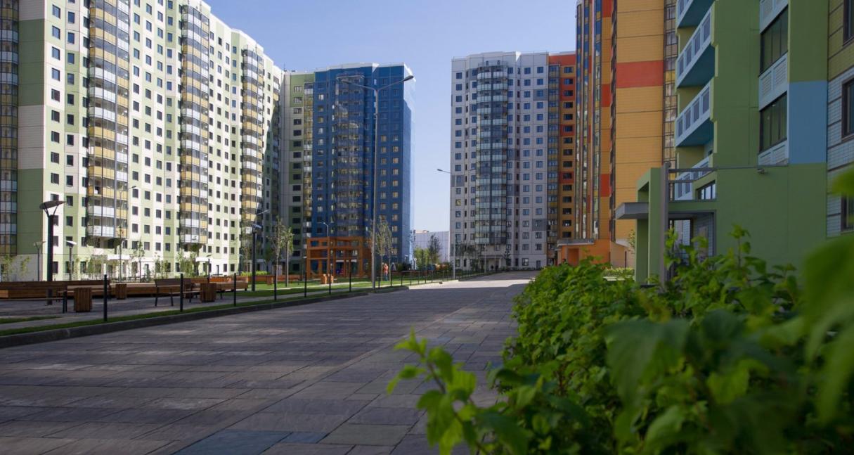 Петр Толстой: рождение третьего ребенка должно делать нулевым процент по ипотеке